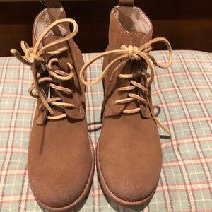 Gee Wa Wa desert boots